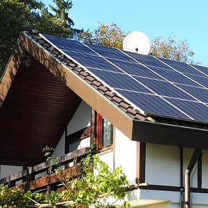 What Do I Get In A Solar Panel Kit? - Solar 101